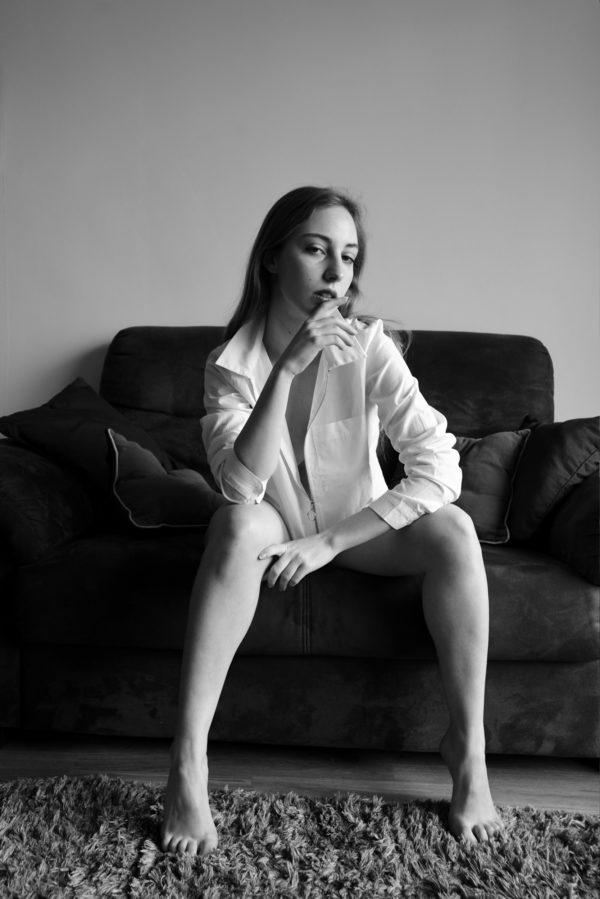 Claudia-Portrait-En