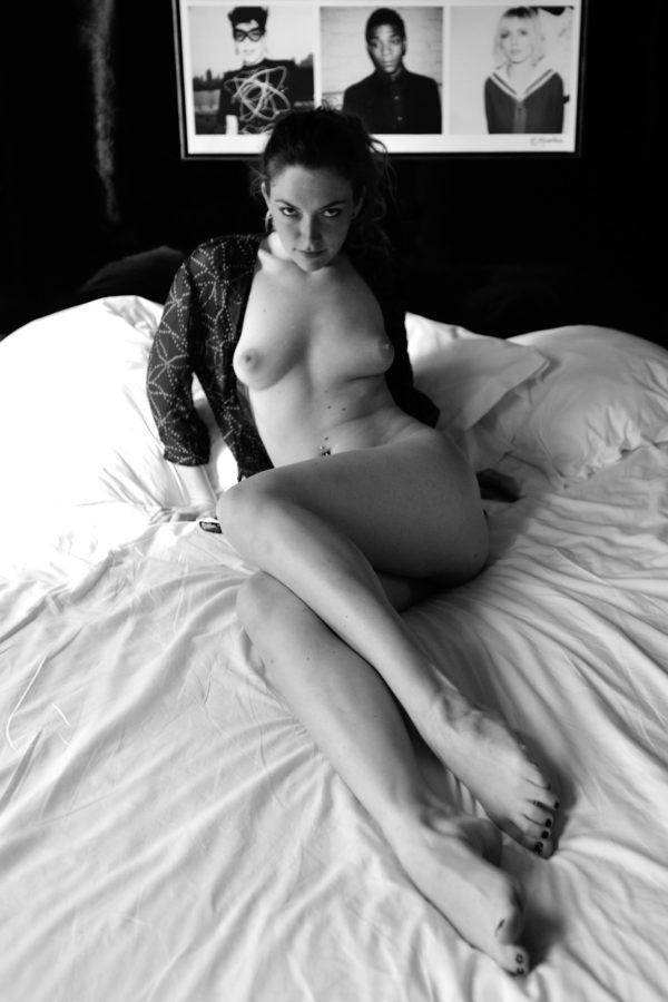 Trixie-Hotel-Room-En